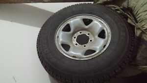 245/75r16 set of 4 Cooper Discoverer winter tires with rims