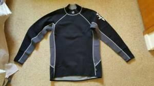 Mens Zhik titanium wetsuit top size XXL brand new never worn