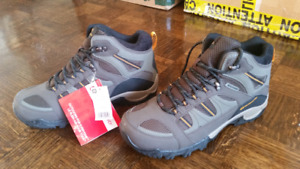 Outbound Hiking Boots Size 11 men's brand new and never worn