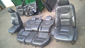 Volvo parts seats doors V70 Volvo XC70 2001-2006
