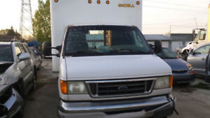 Ford e450 7.3 turbo diesel engine cube van for parts only