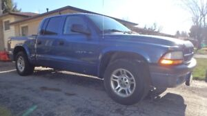 2002 Dodge Dakota Sport Quad Cab 4.7L V8