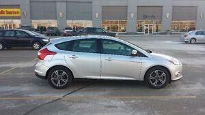 Best deal on kijiji!!  2014 Ford Focus SE Hatchback