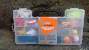 137 PIECE ANGLER'S TACKLE FISHING KIT
