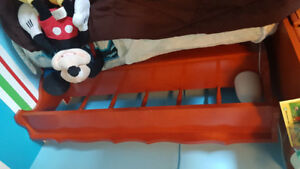Kids bed frame with cherry headboard twin