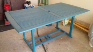 patio wood table and 4 chairs