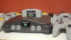 N64 + 5 Controllers + Everdrive