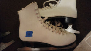 FOR SALE-- WOMEN'S. AND GIRLS SKATES
