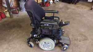 Quantum Q6 Edge Electric Power Wheelchair