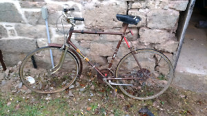 Old commuter bicycle