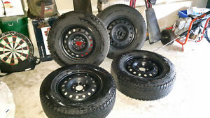 EXCELLENT Blizzaks 235/70r16 Tires and Rims!!! Kitchener / Waterloo Kitchener Area image 3