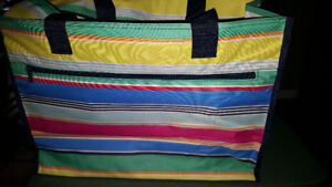 31 delux organizing utility tote brand new *reduced