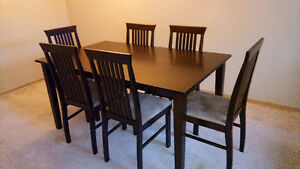 GREAT DEAL ON WALNUT DINING TABLE