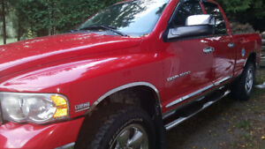 2005Dodge Ram 1500 Lariame Addition
