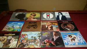 JVC L-AX3 TURNTABLE COMPLETE WITH 12 FREE RECORDS Strathcona County Edmonton Area image 1