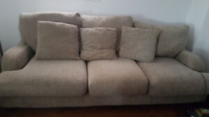 Sofa and loveseat for sale in very good condition