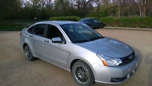 2010 Ford Focus SE-Low Kms