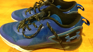 MENS SNEAKERS UNDER ARMOUR SIZE 12