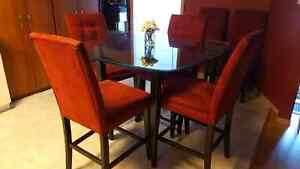 Dining kitchen table and chairs