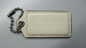 Coach large beige patent leather replacement hang tag/fob West Island Greater Montréal image 1