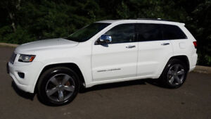 Very Nice 2014 Jeep Grand Cherokee Overland With V8 5.7L Engine!
