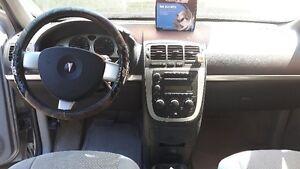 2006 Pontiac Montana SV6 Minivan, Van