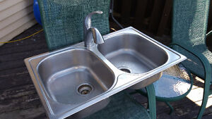 Double Stainless Kitchen Sink and Taps
