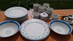 Set of Dishes - like new