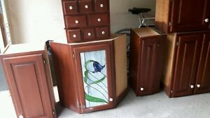 Classic Kitchen Cabinets (cherry wood) with Stained Glass