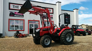 New 38HP 4wd Mahindra Tractor with Loader