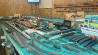 Complete Set of HO train,rolling stock,Locos,Lots