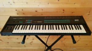 Buy or Sell Used Pianos & Keyboards in Nelson | Musical instruments