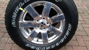 BRAND SPANKING NEW OEM JEEP WHEEL & TIRE WITH TPMS