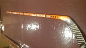 Steve Yzerman Game used stick
