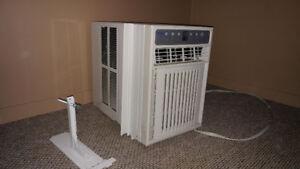 Air climatisée Haier - 10,000 BTU avec rack pour l'extérieur