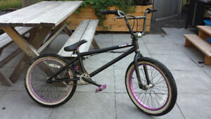 Vélo BMX Minion (MirraCo) en excellente condition!