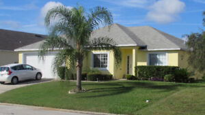 LUXURY 4 BEDROOM HOME WITH PRIVATE POOL, GAMESROOM, FREE WIFI