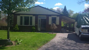 Hespeler-Bungalow-Finished walkout-pie shaped lot