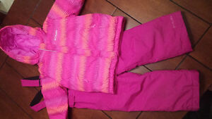 Girls Columbia Snowsuit.  Size 4T