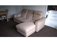 3 seater electric recliner sofa in very good condition // free delivery