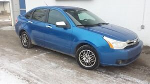 2010 Ford Focus SE INCLUDES 1 YEAR WARRANTY!! ( $33 B/WEEKLY)