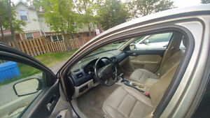 2008 Ford Fusion Sedan with carproof , no accident records