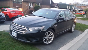 2013 Ford Taurus AWD - FULLY LOADED