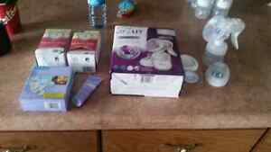 Avent Manual Pump and Breastfeeding Items