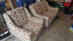 Love seat and Chair Cambridge Kitchener Area image 2