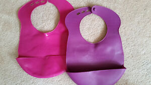 2 Tommee Tippee Silicone bibs