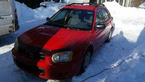 2004 Subaru Impreza 2.5ts 4x4 awd en bonne condition.