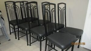 , For sale (8) chairs in very good condition for $ 35 each
