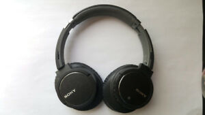 Sony Bluetooth Headphones MDR-ZX770BN