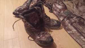 Hiking boots. 10.s men's
